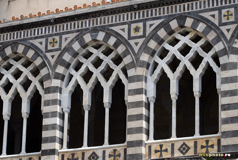 ferestre sculptate