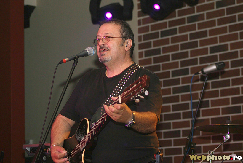Best Of Hard Rock Cafe Songs
