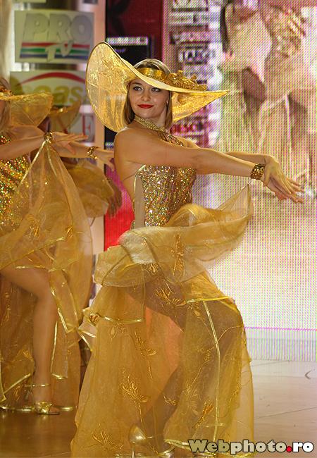 trib dansatori