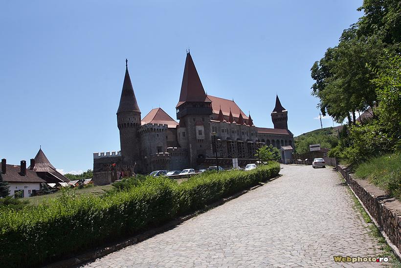 castel hunedoara