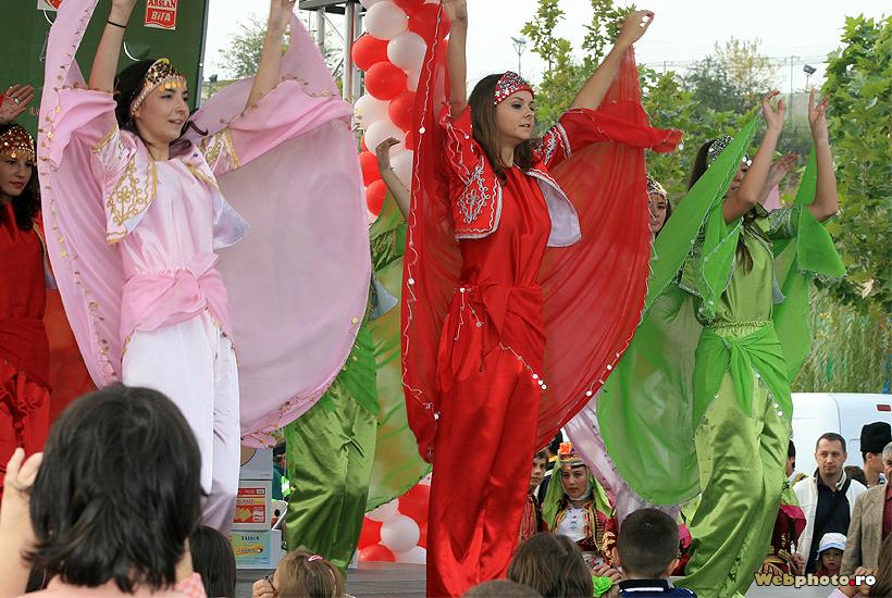 dansuri turcesti