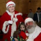 Santa loves kids