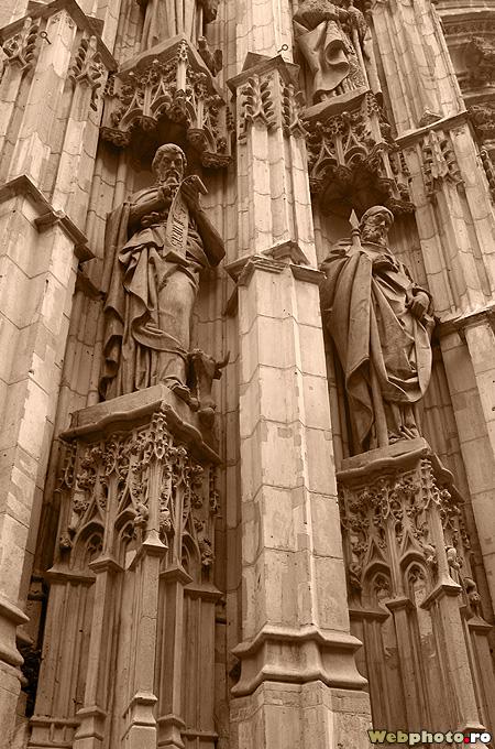 statui gotice