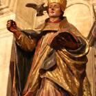 pope_statue
