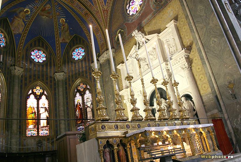 lumanari altar
