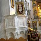 marble_pulpit