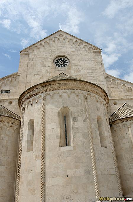 biserica romanica