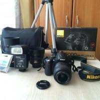 Nikon D5000+18-55mmVR+55-200mmVR+50mm f1.4 G