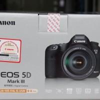 Canon 5D Mark III Digital SLR Camera  cu 24-105 mm lentile